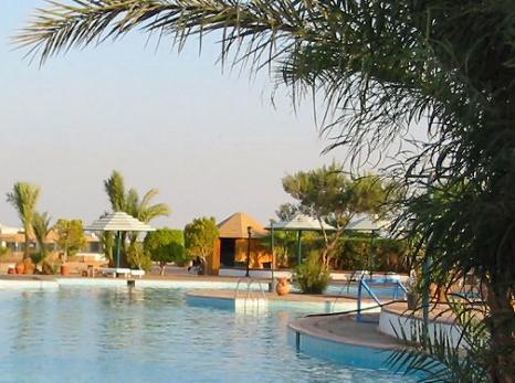 Большинству Египет знаком по отелям и лавкам.